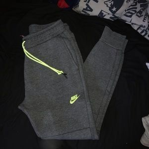 Nike marching sweat suit